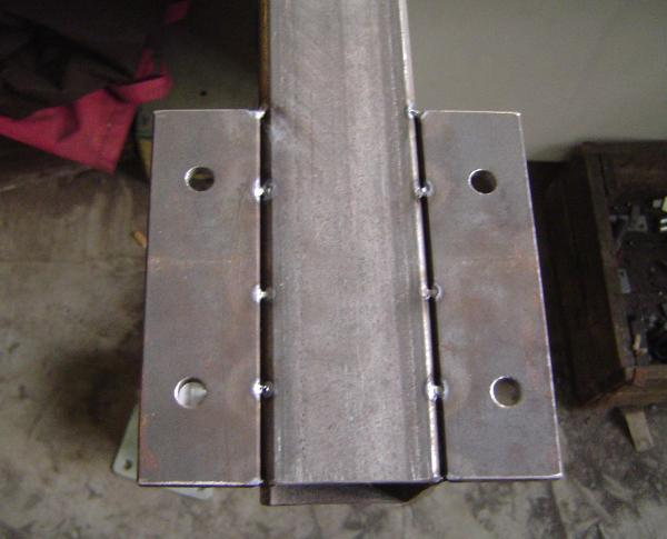 Wheel mount cross bar, bottom view, TIG-tac-welded for proper alignment